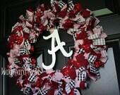Alabama Rag Wreath with Metal Script A Logo