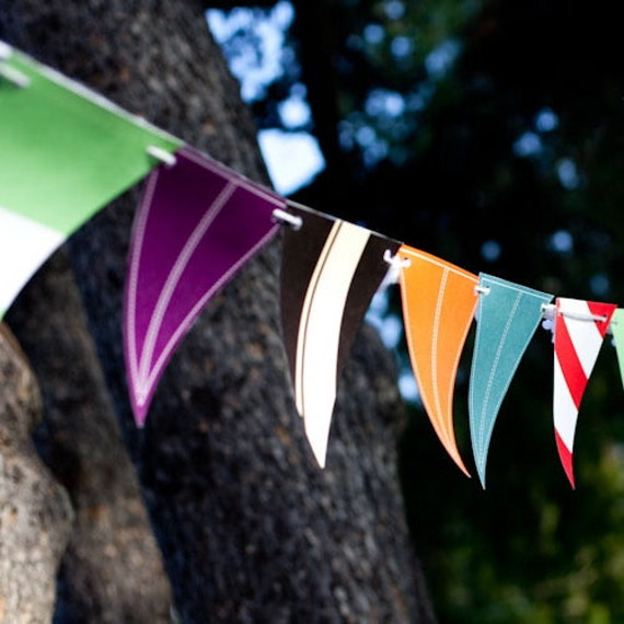 Pennant/Banner/Bunting from the Vintage Car DIY Printable Birthday Party Collection from Spaceships and Laser Beams