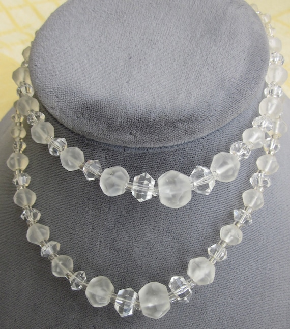 Vintage 1930s Graduated Faceted Frosted & Clear Crystal Bead Necklace