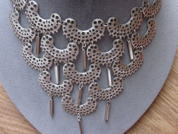 Vintage Sarah Coventry Pierced Silver Bib Style Necklace & Earrings Set
