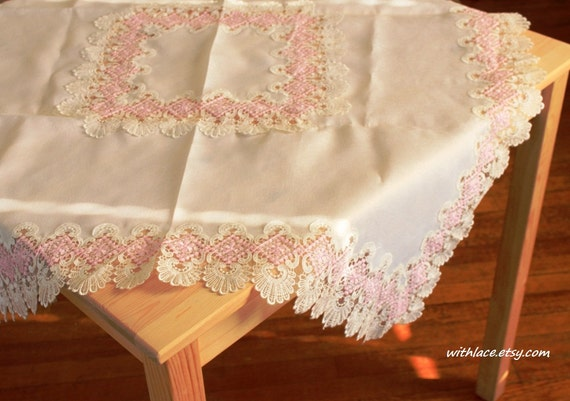 ON SALE---1 pc unused vintage white satin jacquard tablecloth with light pink lace edge---35''X35''
