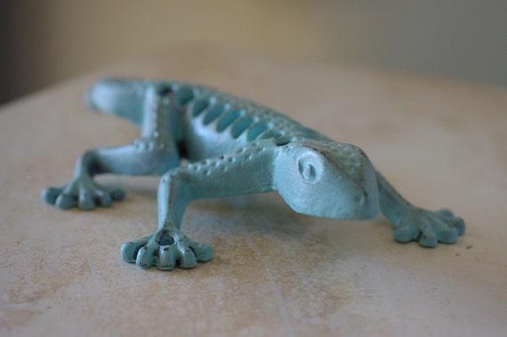 Cast Iron Gecko - Aqua
