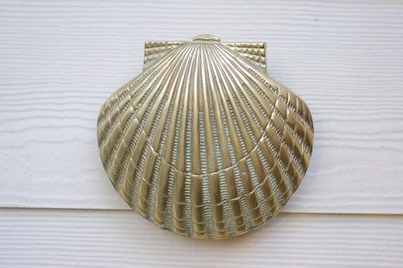 Beach Decor Vintage Brass Scallop Shell Door Knocker
