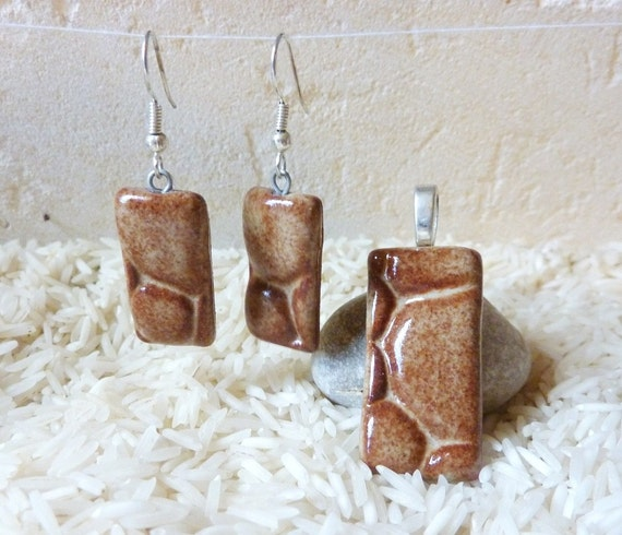 Brown River Rocks Rectangular Stoneware Jewelry Set