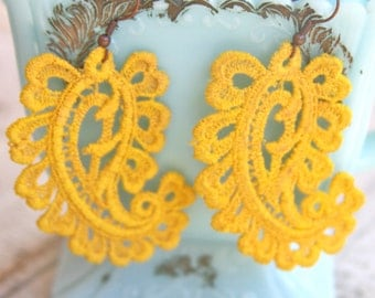 Vintage Yellow Lace Paisley One of A Kind Statement Lace Dangle Earrings -  Bridesmaids, Wedding, Summer , Beach