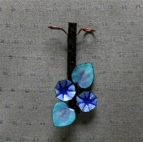 Enameled Toothbrush Holder / Blue Morning Glory / Wall mounted Toothbrush Holder with Copper Enamel Flowers