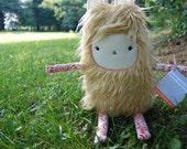 Merry Monster™ - Plush Lovable Furry Monster Blonde Fur - Esme