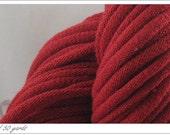 T-shirt yarn Barn red