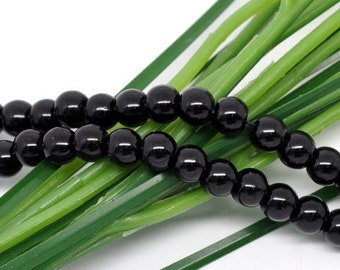 8mm Black Glass Pearl Imitation Round Beads - 32 inch strand