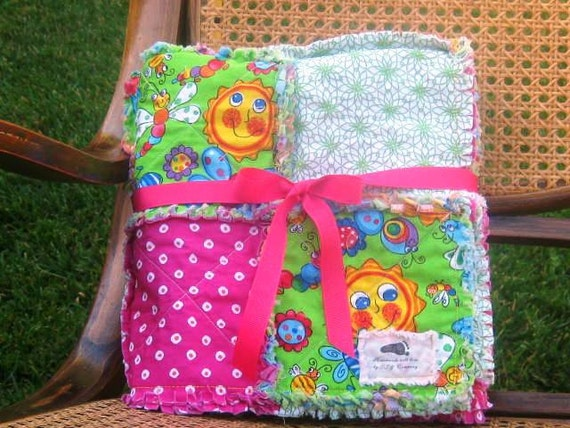 Colorful and Cheery Baby Rag Quilt