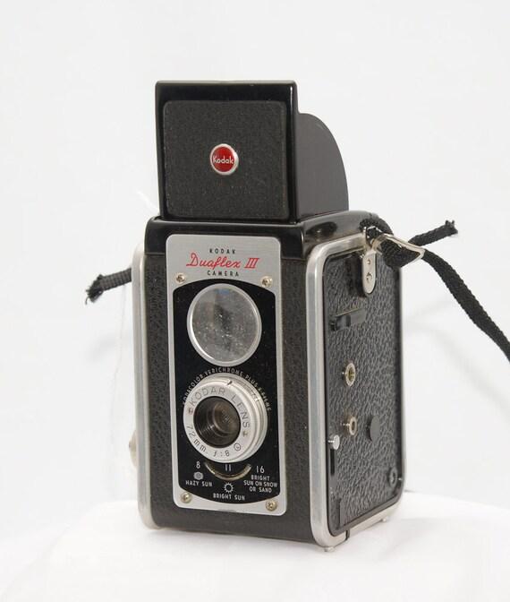 Reserved for Nia -- Vintage TLR Camera Kodak Duaflex III for TtV, Tag 130