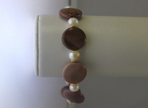 Smooth Red and Pink Stone Bracelet - Handmade