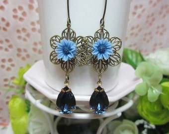 Blue daisy with sapphire glass jewel Earrings. Gift for her. Birthday, Bridesmaid, Maid of Honor, Christmas.