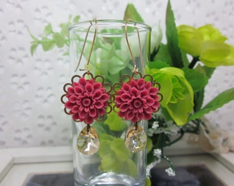 Bougainvillea Dahlia with champagne swarovski crystal Earrings.   A Lovely Gift for her.