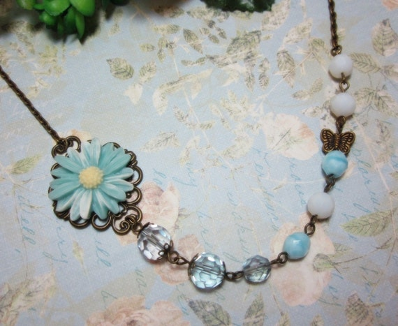 Christy Baby Blue Daisy Necklace.  Lovely Gift for bridesmaids.  Wedding. Maid of Honor.