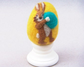 Needle Felted Egg - Busy Bunny - Easter Egg