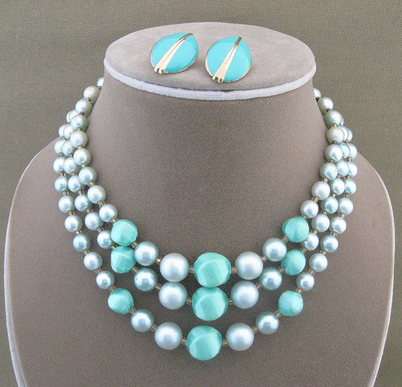 Vintage Blue Bead Necklace Earrings Set