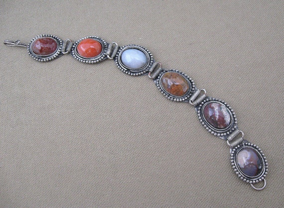 Mixed Color Agate Stone Cabochon Bracelet