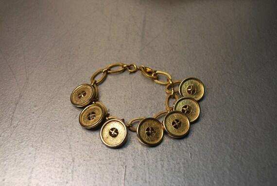 Vintage Remix Gold Button Bracelet Upcycle Vintage 1831 vintage remix women's jewelry