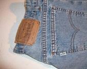 Vintage Levi's 965,  9 med. wide leg
