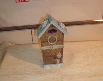 Shabby Chic 'Birdhouse'