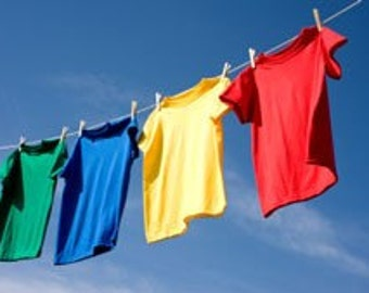 COUNTRY CLOTHESLINE--All Natural Earth-friendly Clothing,Fabric and Linen Refresher---BIG Gallon Jug