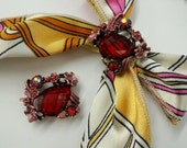 4 Pieces Rose Pink Color  Floral Metal Motif  with  Red Rhinestones and Large Lucite Bead, SQRD01