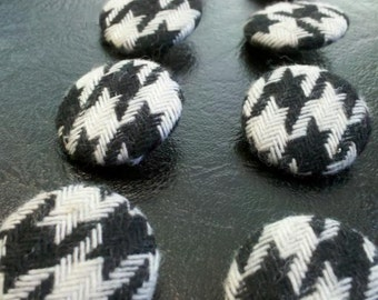 12 pieces Classic Hounds Tooth  Pattern Fabric Covered Sewing Buttons, Home Decor
