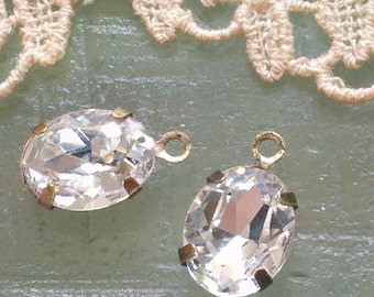 4 Pieces.  10 MM X 8 MM   Clear Faceted Oval  Crystal Glass  Rhinestones  With One Ring Antique  Brass Settings.