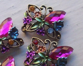 4 Pieces Fuchsia Rhinestone Jewel Beads,  with  Butterfly Pattern Metal  Base. Jewelry Supplym Connector Buckles -- 4BFU