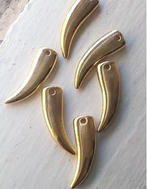 38 mm  Large Vintage  Gold Tone Plastic Claw Shaped  Pendants, Charms, Beads, 10  Pieces