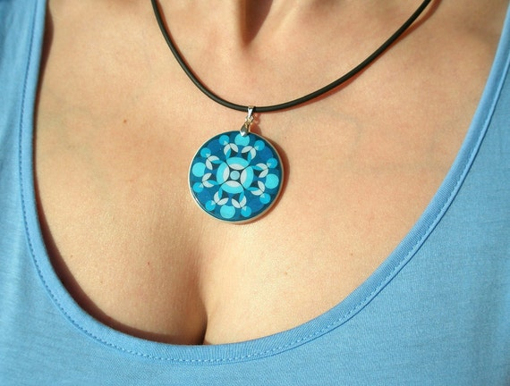 Light Blue Circle Pattern Polymer Clay Necklace