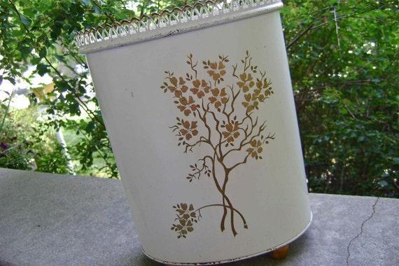 Ransburg tin wastebasket shabby chic - Shabby chic wastebasket ...