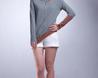 Geometric greenish gray top Shirt / Tee Shirt / Tshirt / Sport shirt (AS057)