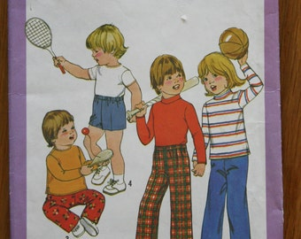 Simplicity 8213 Child's Pullover Top, Pants, and Shorts Vintage Sewing Pattern