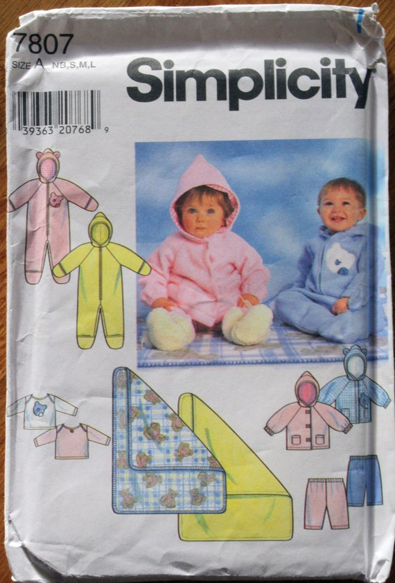 Simplicity 7807 Baby Fleece Romper Suit and Blanket Sewing Pattern