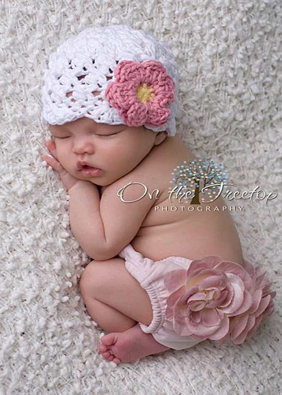 Baby Girl Hat,0 to 3 Months Baby Girl Hat, Baby Flapper Hat, White with Rose Pink and Yellow flower. Newborn Photo Props. Christmas Gift.