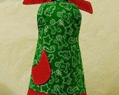 The BITTY BETTY bottle apron in GINGERBREAD MEN COOKIES with Red Polka Dots