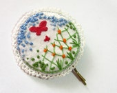 It's Springtime all year long - Embroidery bobby pin - SALE (was 16)
