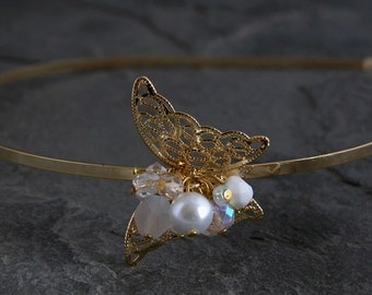 Pearl Butterfly Headband, Pearl Bridal Accessories, Bridal Hair Accessories, Gold Butterfly Headpiece, Gold Wedding Hair Accessories