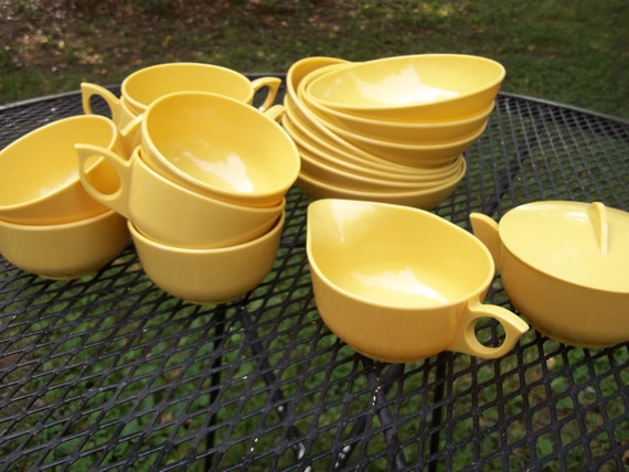 ReSeRvEd for SarahVintage Melmac Melamine Yellow Bowls Only