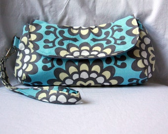 Clutch/Wristlet - Blue and Gray Amy Butler Wallflower Sky