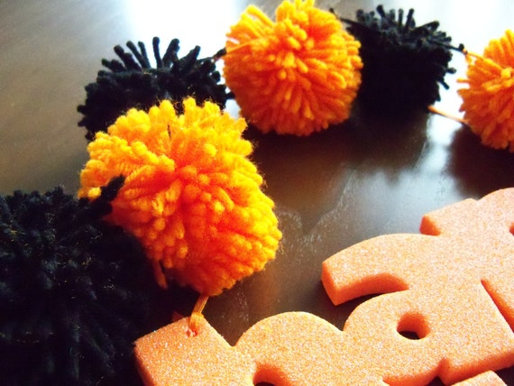 Halloween Yarn Pom Pom Garland for Party Decor, Banners, Buntings and Photo Props