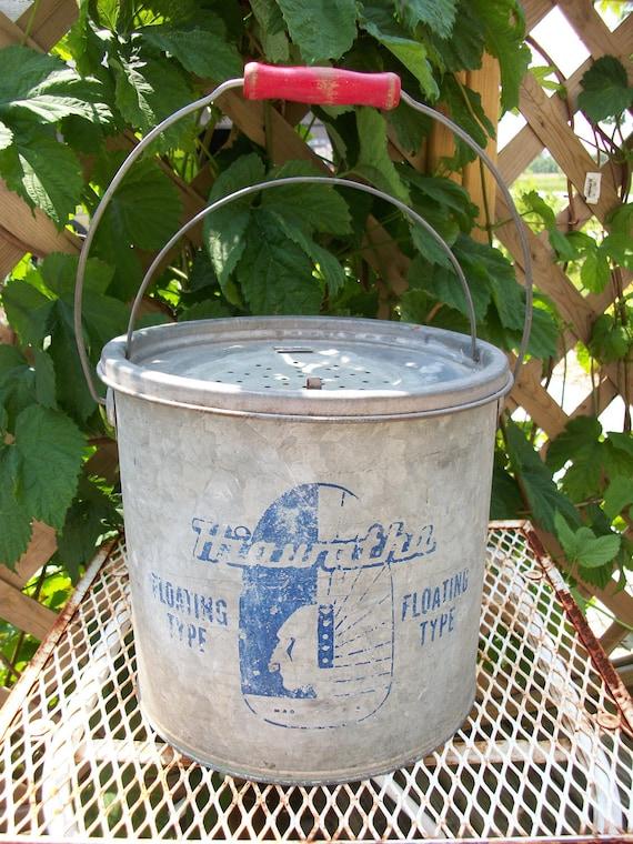 Vintage Hiawatha Minnow Bucket /Floating Type /Fishing