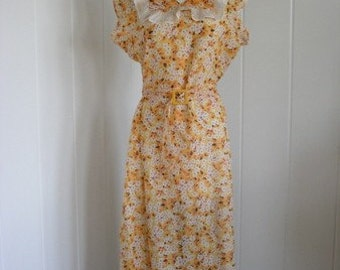 1920's Vintage Yellow Floral Batiste House Dress, Large