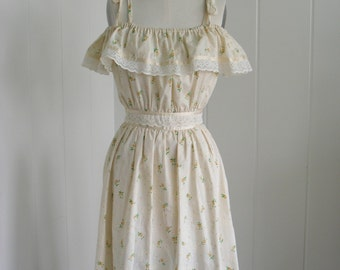 SALE! 1970's Cream Flower Print  Off the Shoulder Dress with Ruffle.