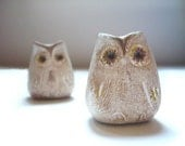 2 Beige Rustic Owls - Decoration - Home decor - Wedding - Handmade by oenopia
