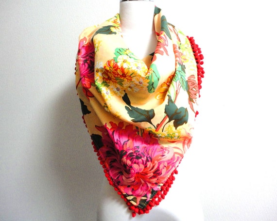 Spring Sale: Clearance Sale Summer Floral scarf with Pom poms trim 88x88cm