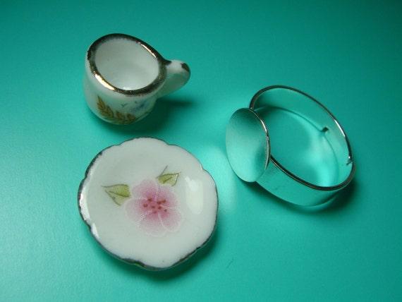 Ceramics Tea Cup & Brass Ring base