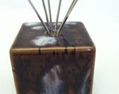 Wire clip photo / postcard / recipe / business card holder - Ceramic - Brown
